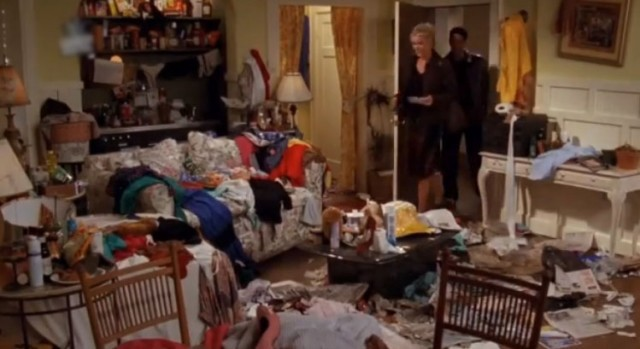 messy apartment , ross's date